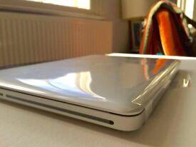 "Brand New! Apple MacBook Pro 13"" Laptop - MD101B/A"