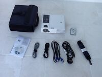 HP mp3222 digital projector, as new , only used once. Complete with all accessories.