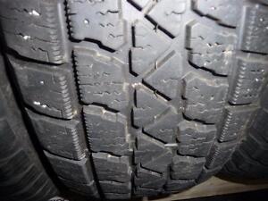 4 pneus d'hiver 215/65/15 Artic Claw Winter TXI, 40% d'usure, mesure 5, 6, 8 et 8/32