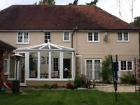 Wokingham double bedroom, private bathroom for professional house share with one other only.