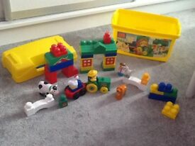 Mega Bloks 8829 Farm Tub inc.32 pieces