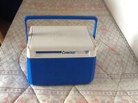 Cool box:- Coleman FlipLid 10
