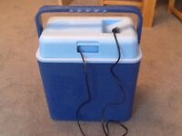 Tristan Coolbox 24 litre. Ideal when you're on the move!
