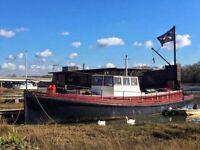 Houseboat 'liveaboard ' 'Isadora'D