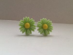 Girls Silver Plated Clip on Daisy / Sunflower Earrings Children Party Bags Gifts