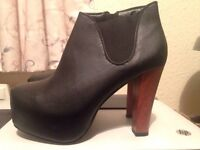 Black heel boots - size 7