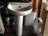 Traditional pedestal sink