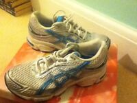 Asics Running Trainers ** MINT CONDITION**