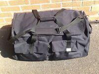 *New* Salisbury Large travel luggage/holdall