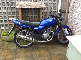 MOT August, new exhaust & clutch cable, manual & service history.