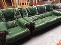 ** GREEN LEATHER SOLID WOOD FRAME SUITE **