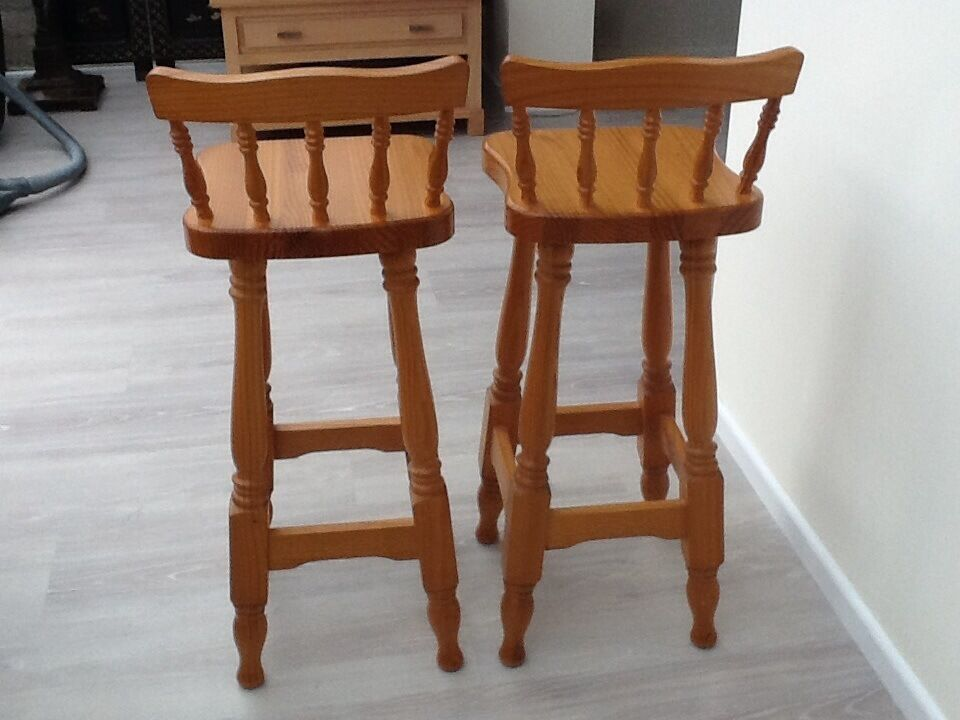 Admirable 2 Pine Kitchen Bar Stools With Backs In Barton On Sea Hampshire Gumtree Caraccident5 Cool Chair Designs And Ideas Caraccident5Info