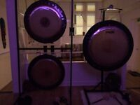 Sound therapy for relaxing and reducing stress, healing and well-being