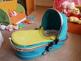 ICandy Peach Carry Cot With Bumper Bar