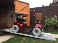 ALL TERRAIN SUPER BIG WHEELED SHOPRIDER MOBILITY SCOOTER - 8MPH - 22ST USER - WAS £3200 -JUST £690
