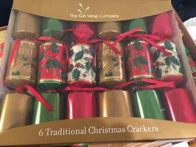 CHRISTMAS CRACKERS*Box of 6*by Gift Wrap Co*Party Icebreakers*HOLLY BERRY THEME ()