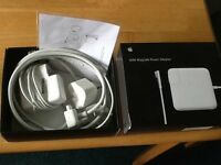 APPLE MC461B/B 60 W Mag Safe 1 Power Adapter