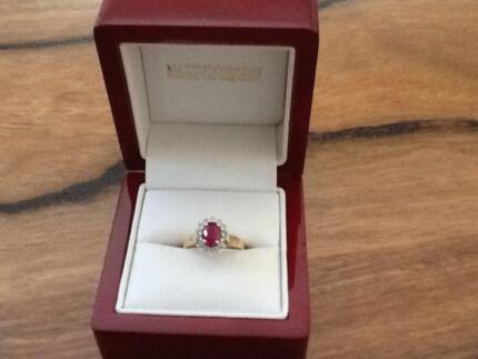 Stunning 18carat YG Ruby and Diamond Ring South Perth South Perth Area Preview
