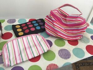 ALL COSMETIC BAGS $1 EACH & HANDBAGS $5 EACH Redbank Plains Ipswich City Preview