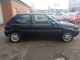 Ford Fiesta - low millege 48K - !! 5 KEYS !! FSH AND MOT