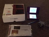 Nintendo DSi XL red
