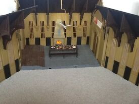 Wonderful, rare Harry Potter Great Hall play set - excellent condition