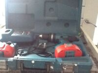 Makita Hammer drill 2 speed13mm chuck charger +2 batteries cordless