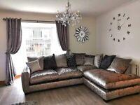 Corner sofa plus cuddle chair