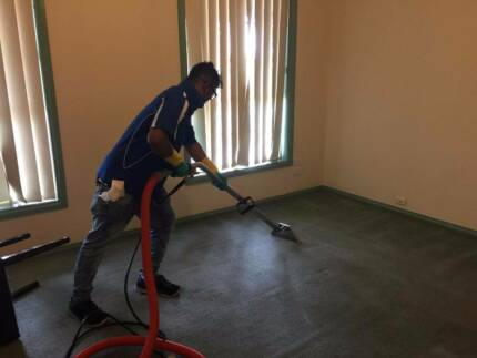 END OF LEASE CLEANING / CARPET CLEANING
