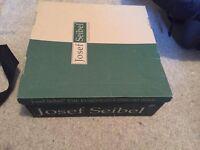 Josef Seibel ladies boots - brand new in box! Size 6
