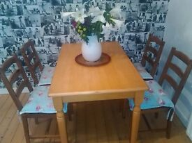Table and 4 chairs VGC