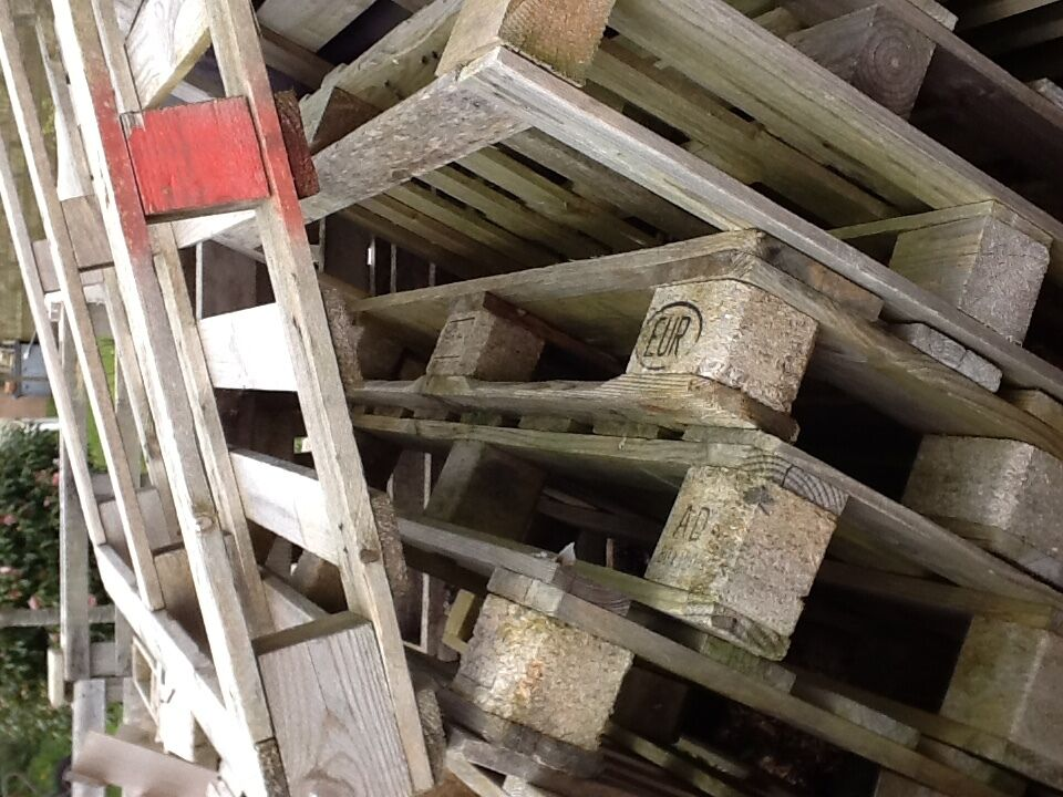 Wooden Pallets For Sale - £1 each | in Truro, Cornwall ...