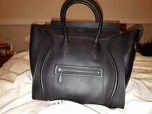 Celine Leather Tote Bag Hanwood Griffith Area Preview