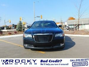 2012 Chrysler 300 Windsor Region Ontario image 1