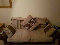 2 sofa's