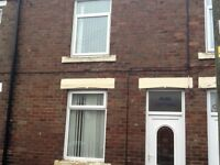 2 bed house at Langley Moor N decoration and carpets d.g bond and ref needed £365 pcm