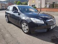 2011 Vauxhall insignia 2.0 cdti in metallic black ideal family car long mot excellent on fuel