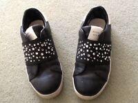 Miss 60's shoes with gems,Very pretty,size UK2,good condition only £5
