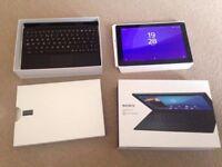 Sony Xperia Z4 SGP771 32GB, Wi-Fi + 4G (Unlocked), 10.1in - Black with keyboard