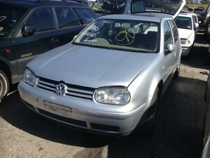 Volkswagen Golf hatchback parts wrecking Roxburgh Park Hume Area Preview