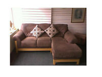 Beautiful brown corner sofa suede/leather With solid wood frame Ultimate comfort SEE BELOW