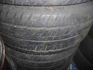 4 pneus d'été, 235/55/17, Firestone, Firehawk GT2, 40% d'usure, mesure 6.5, 6.5, 6 et 6/32.
