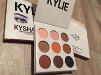 Kylie Jenner Eyeshadow Palette - 'THE BRONZE PALETTE'
