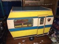 Vintage Sindy caravan, good condition collectors item