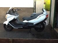 2016 Suzuki an650 burgman immuclate condition,only 2000 mls,all usual equipment,£9000 new,