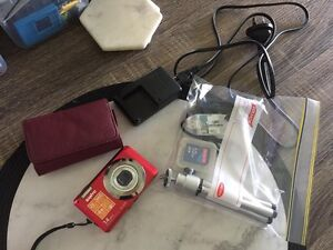 SANYO CAMERA, CHARGER, MEMORY CARDS ETC Redbank Plains Ipswich City Preview