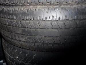 2 pneus d'été, 235/75/17, Hankook, Dynapro GT, 25% d'usure, mesure 9/32.