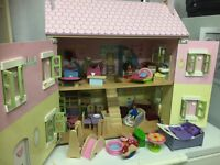 Preloved dolls house