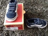 Infants Navy and White Vans Trainers