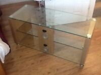 "Immaculate Tv Stand for sale holds upto a 42"" tv"